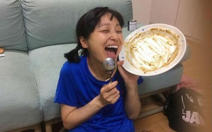 44岁大胃王声优金田朋子顺利产下第一胎!