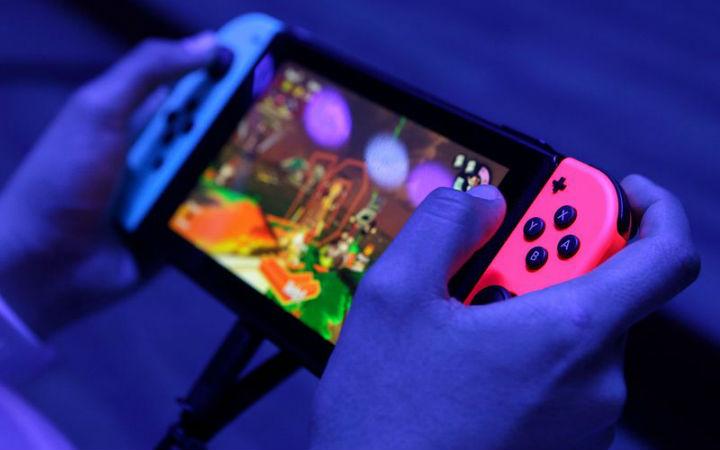 掌机没有市场!索尼表示不开发对抗NS的游戏机