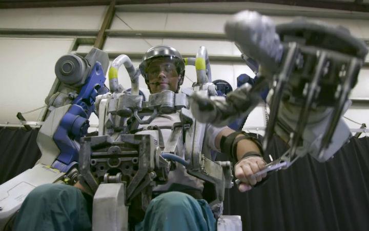 迪士尼将在主题公园推出机械外骨骼