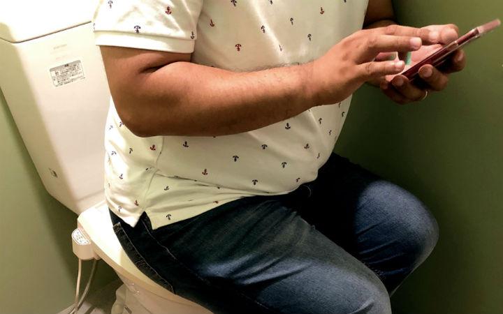 日媒报道手机依赖症!37岁男性沉迷手游一年瘦15公斤