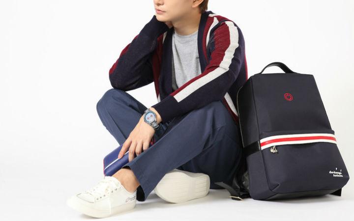 《游戏人生》推出衣服、包、手表、鞋、钱包五件周边
