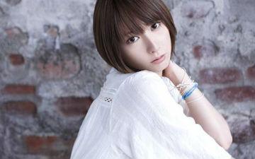 日本动漫歌手蓝井艾露因病暂停所有演出活动