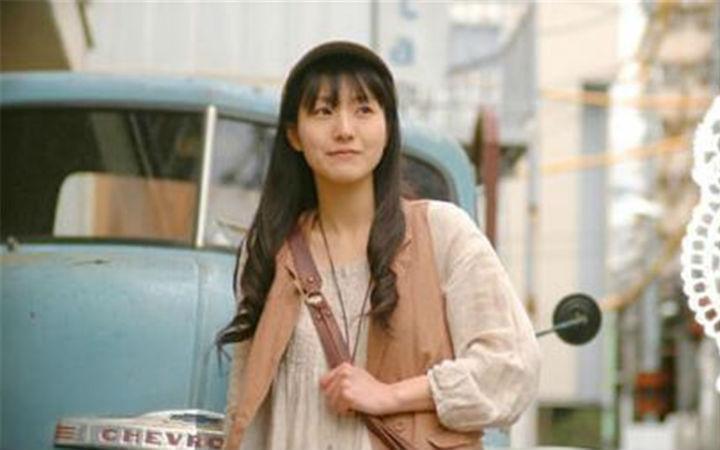 为三笠等角色配音的声优石川由依宣布离开事务所