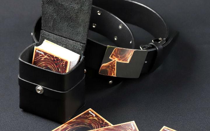 《游戏王》推出武藤游戏作品中使用的可装卡的腰带