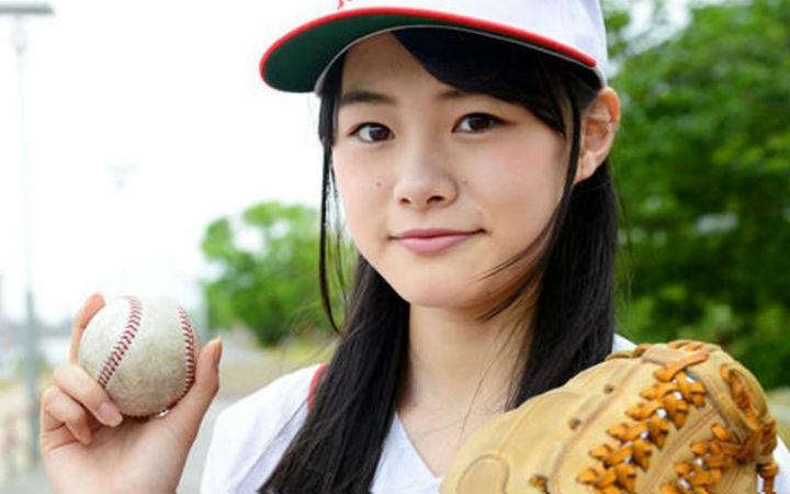 从NGT48毕业的长谷川玲奈加入声优事务所CROCODILE