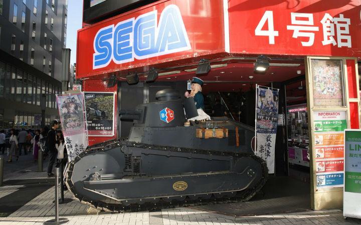 剧场版动画《少女与战车》上映中!秋叶原展示剧中登场的战车