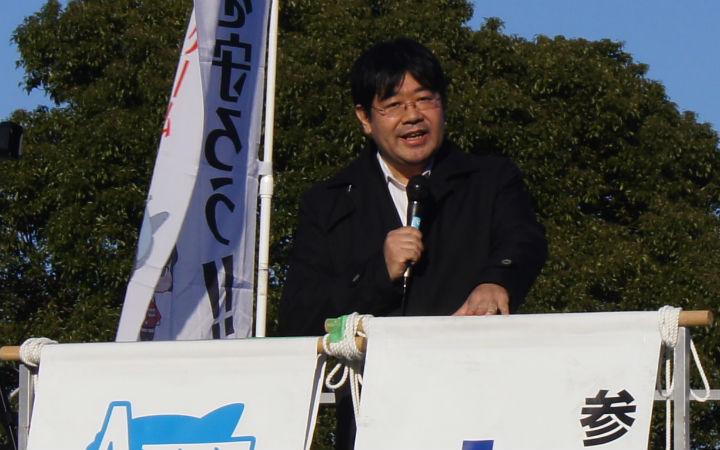 山田太郎就成人内容的修正问题与警察等部门交涉中