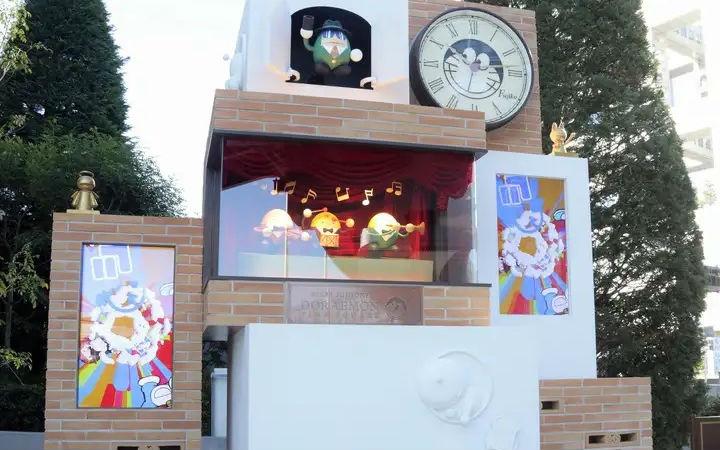 纪念《哆啦A梦》50周年 日本台场安设巨大主题时钟