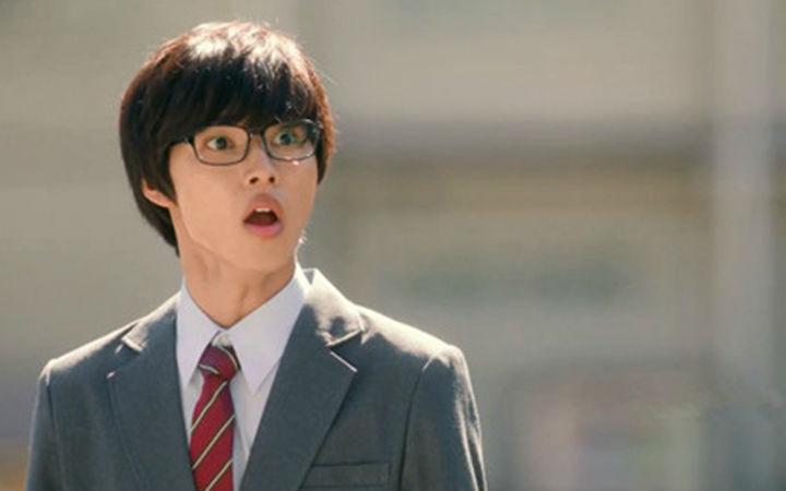 日本小鲜肉山崎贤人 被日媒评为漫改真人版票房毒药