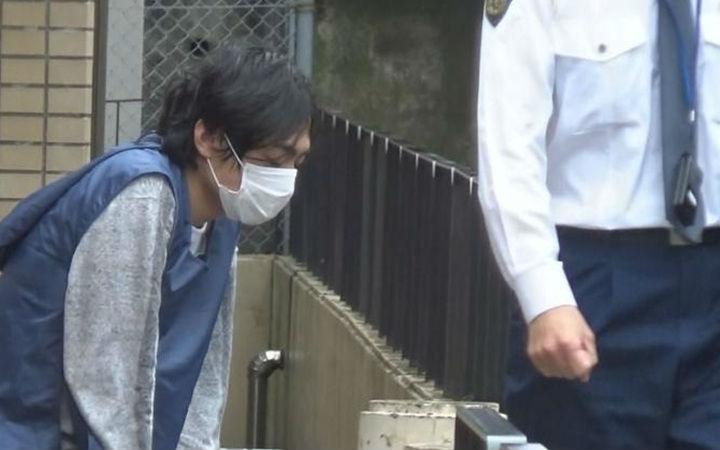 日本男子怕借钱氪金被妻子发现 持刀将妻子杀害