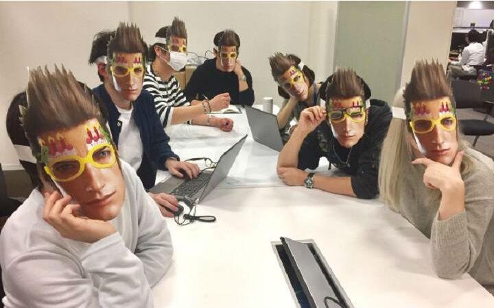 庆祝还是诅咒?FF15官方推出伊格尼斯生日面具