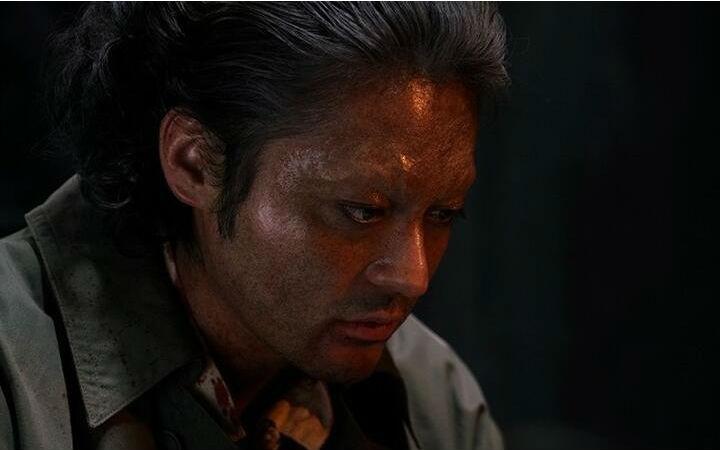 安杰洛受审讯 真人电影《JOJO的奇妙冒险》摄影现场照片